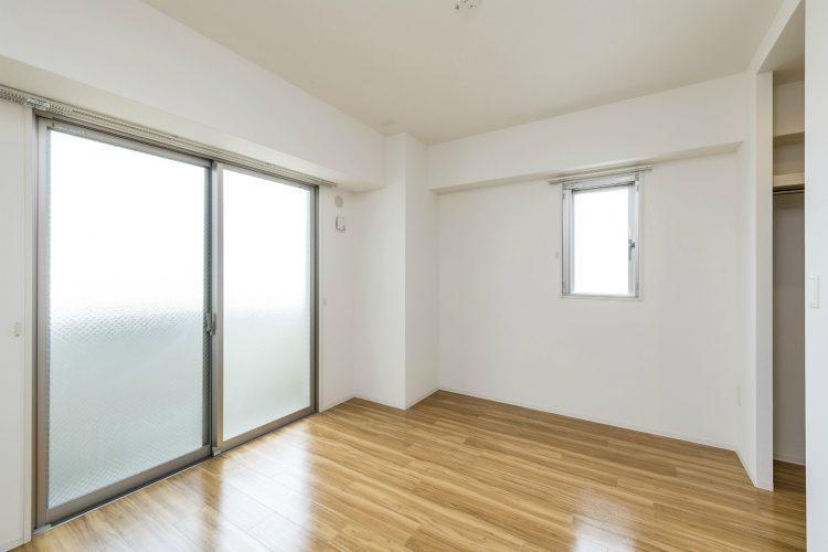 名古屋市名東区の賃貸マンションのウォークインクローゼット付洋室