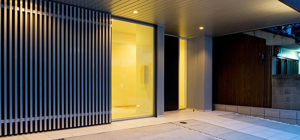 注文住宅の玄関 新築写真