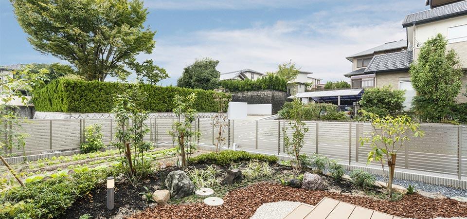 注文住宅の庭 新築写真