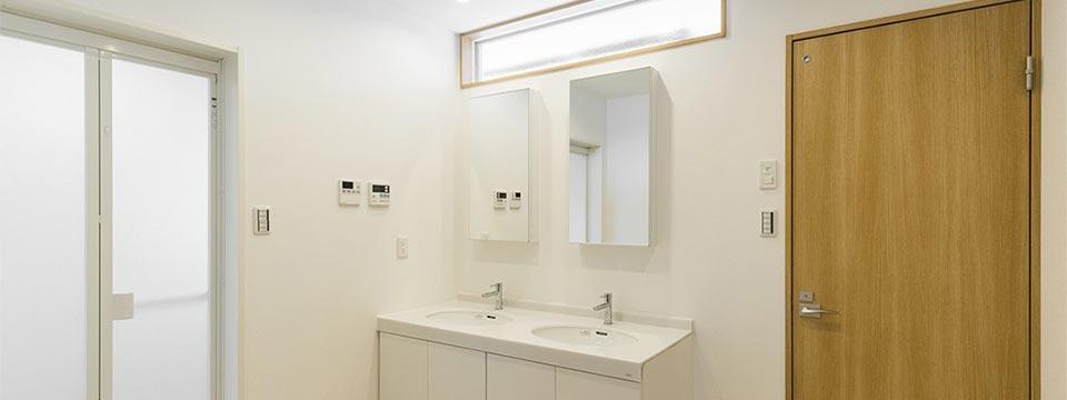 注文住宅の洗面室 新築写真