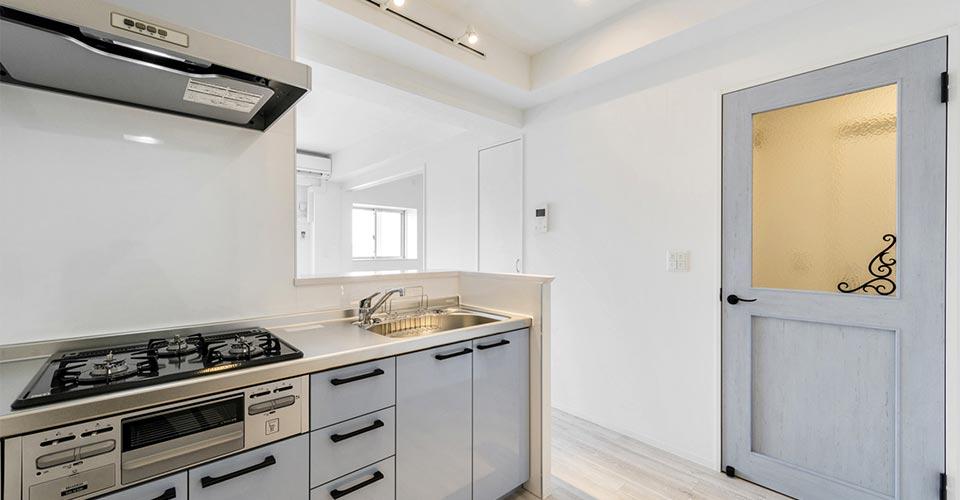 賃貸マンションのキッチン新築写真