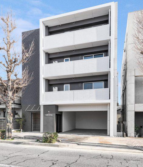 名古屋市中村区の4階建てのモダンなデザインの賃貸マンションの新築写真
