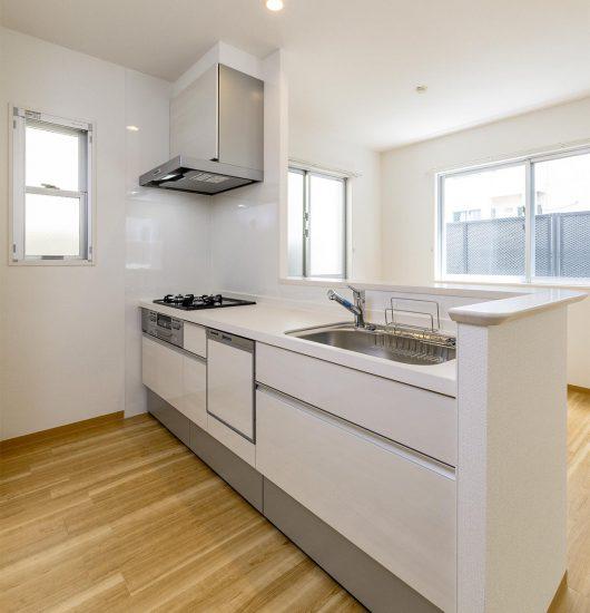 名古屋市中区の賃貸マンションの食洗器付きのオープンキッチン