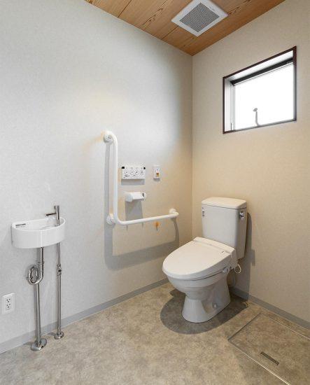 愛知県春日井市の小規模多機能施設のトイレ