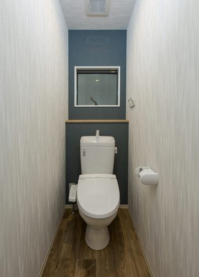 名古屋市西区の戸建賃貸住宅のA棟のおしゃれなトイレ