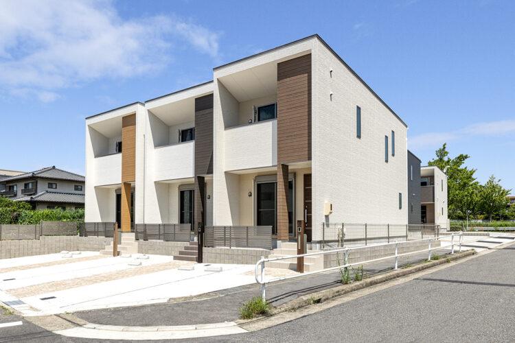 名古屋市天白区のモダンでナチュラルカラーの外観デザイン3棟
