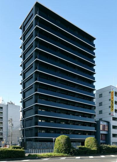 名古屋市千種区の13階建て賃貸マンションの北東面の外観デザイン